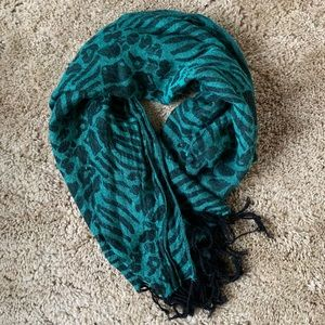 Cute Turquoise/Black Scarf